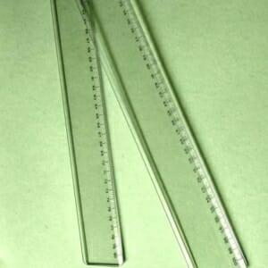 righe-plexiglass-trasparente